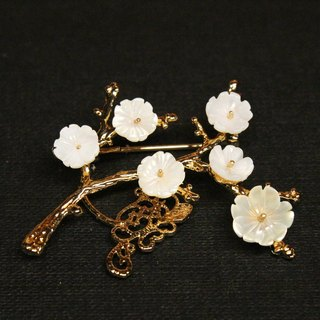 Plum three series of brooches of the mother of pearl flower wax Chinese ancient jewelry handmade jewelry