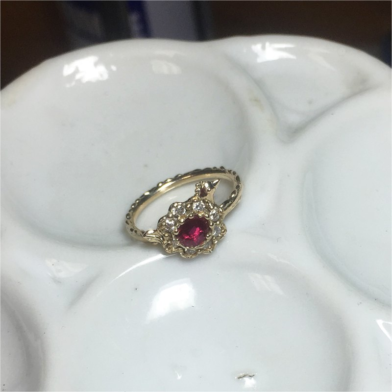 Ruby tri-roll ring