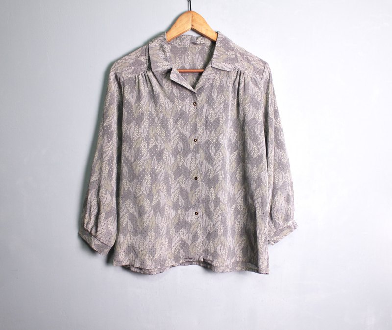 FOAK vintage Showa silver grey leaf shirt