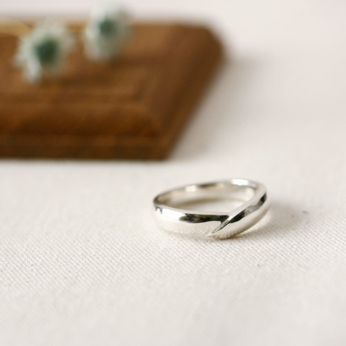 Overlap ring 925 Sterling Silver