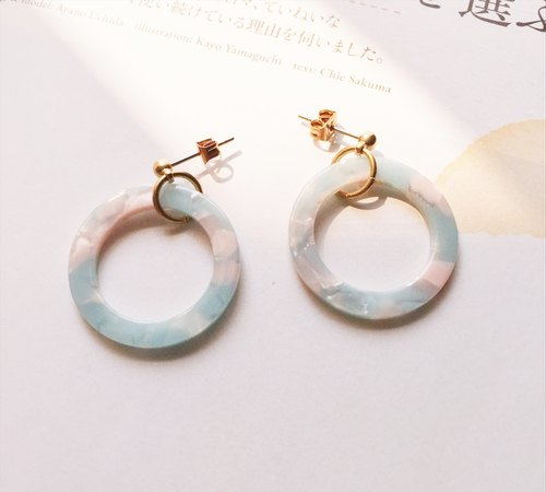 La Don - Large Stone Circle - Pink Blue Ear Pins