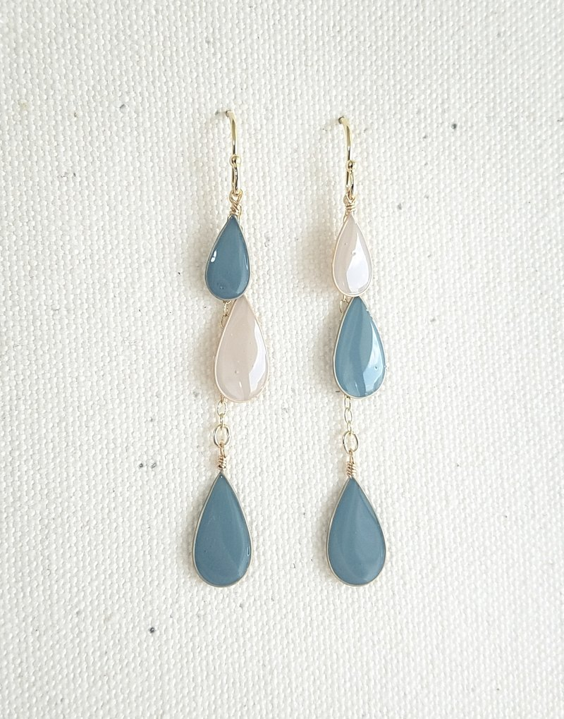 pale-colour drop pierced earrings or clip-on earrings