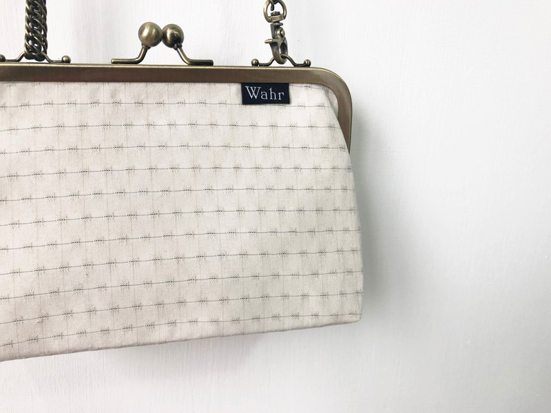 Rice lattice clasp frame bag/with chain/ cosmetic bag