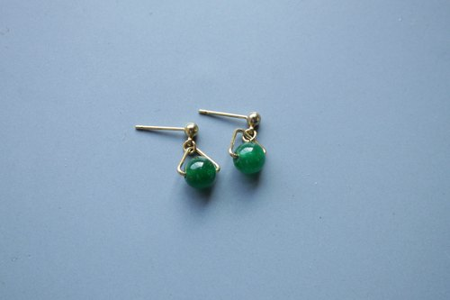 │ Triangle │ Earrings - Malay Jade