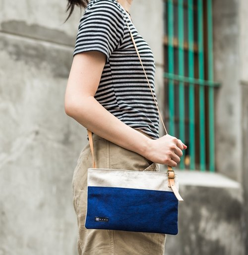 Trip Shoulder Bag - Navy Blue