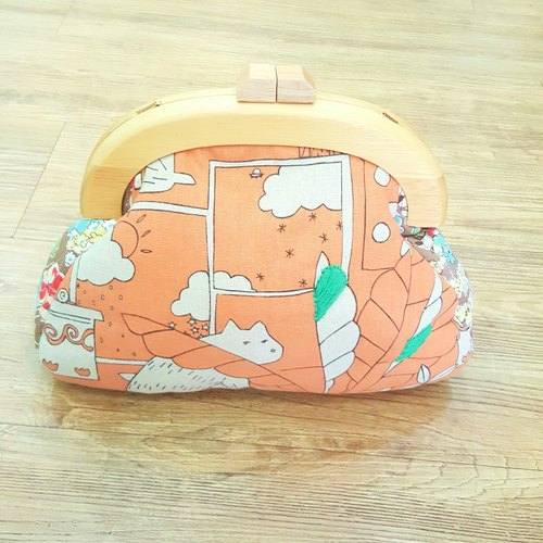 [Greenhouse] wood orange fat meow mouth gold package oblique backpack