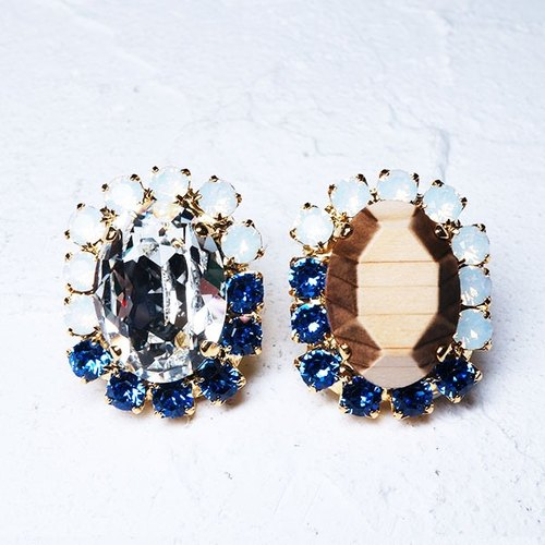 Bijou and wooden pierced earring (Oval)