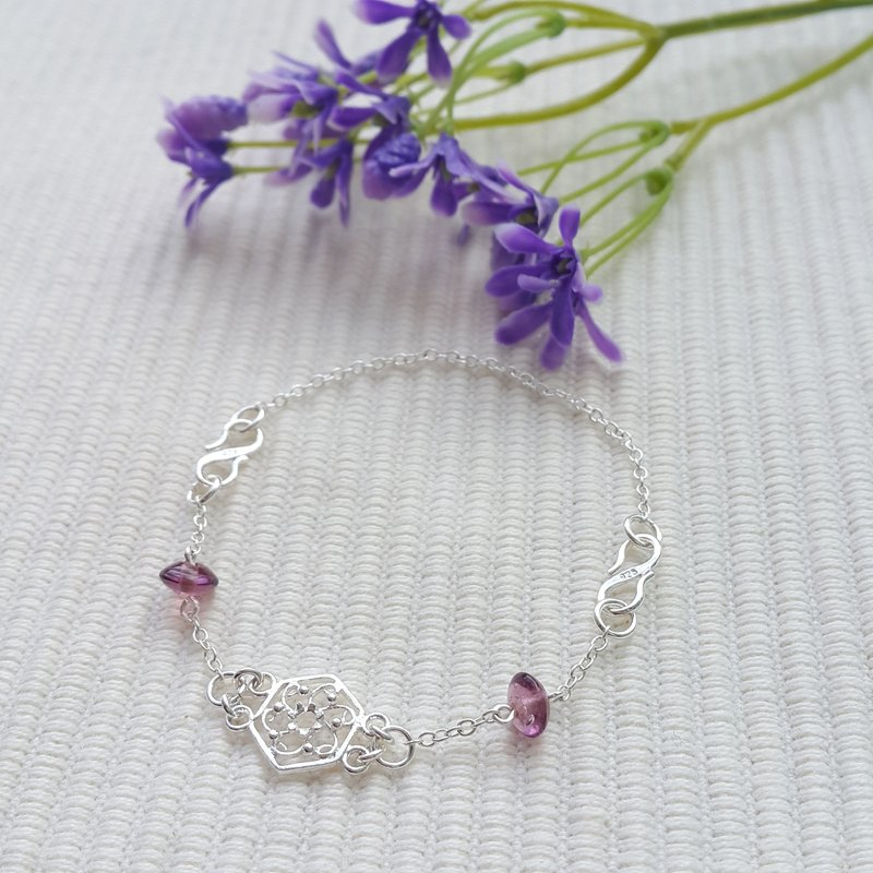 Vintage Crafted Flower Bracelet  (Purple)