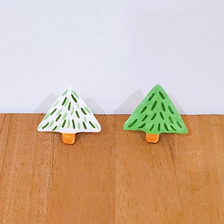 Small forest ceramic pin