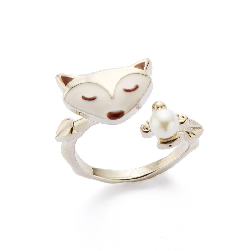 PY Charm Pearl Fox Ring 16K White Gold