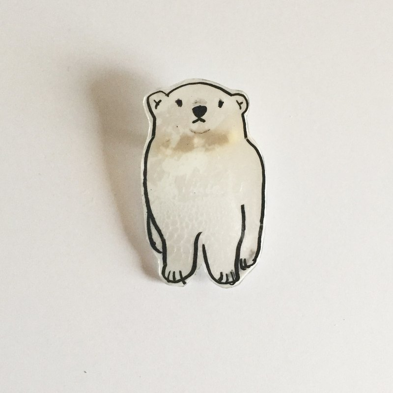Lustless polar bear pravan brooch