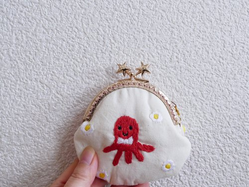 Small embroidery tamago octopus wiener