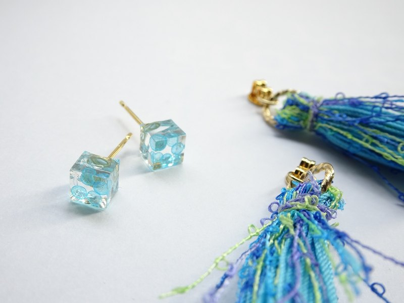 Simple design earrings - Tassel / pin / clip