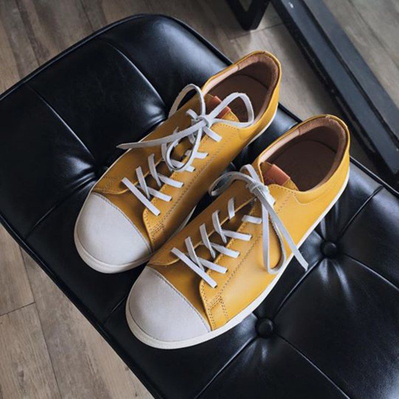 Scamper ll old yellow Vintage Yellow