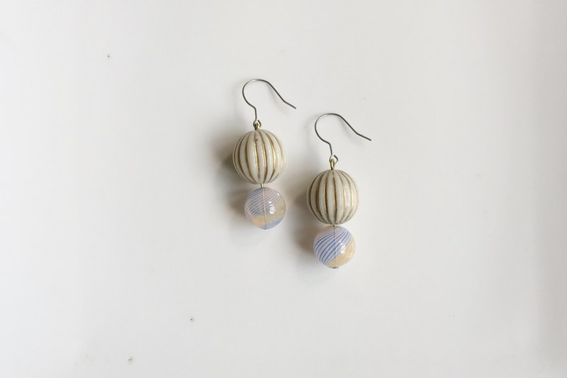 Light blue spring snow antique beads bubble earrings
