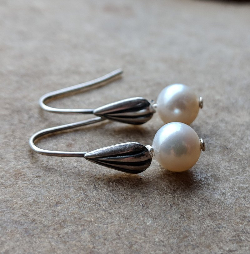 Freshwater Pearl Earrings with Shell Earwires