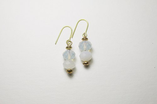 // Glass Crystal Bead Series Earrings WHP // micro-discount