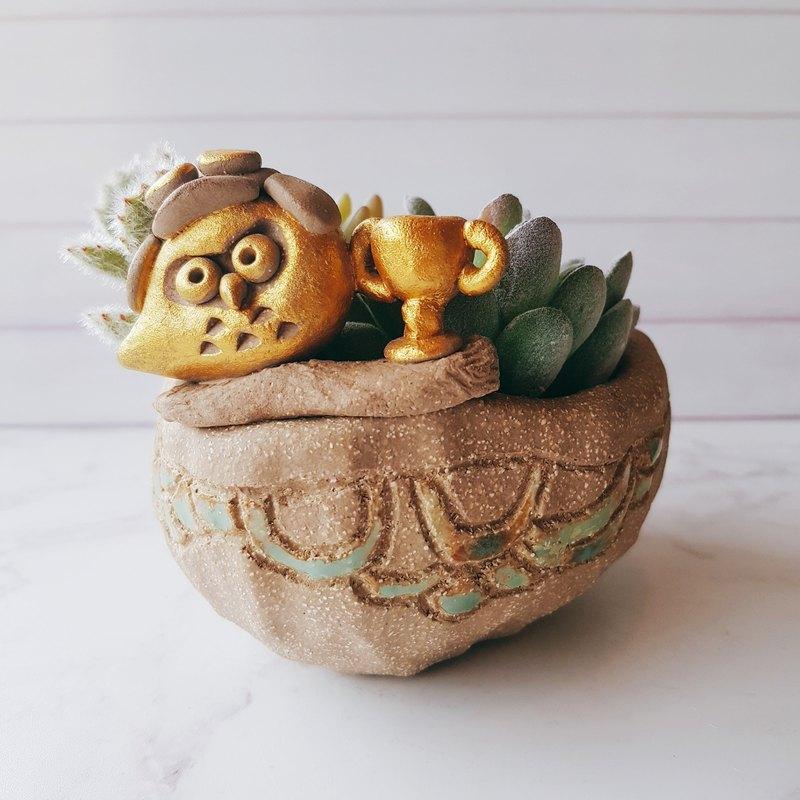 飛行員鷹│吉野鷹x貓頭鷹陶藝花器 手作設計 多肉 植物 盆栽