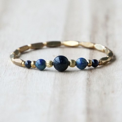 ITS-934 【Natural Stone Series · Origin】 A Black Onyx / Gray Moonstone · B Blue Sandstone / Peacock Lapis lazuli brass bracelet.