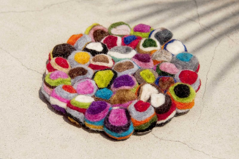 Valentine's Day ethnic style forest wool felt coaster rainbow coaster - bright candy absorbent coasters