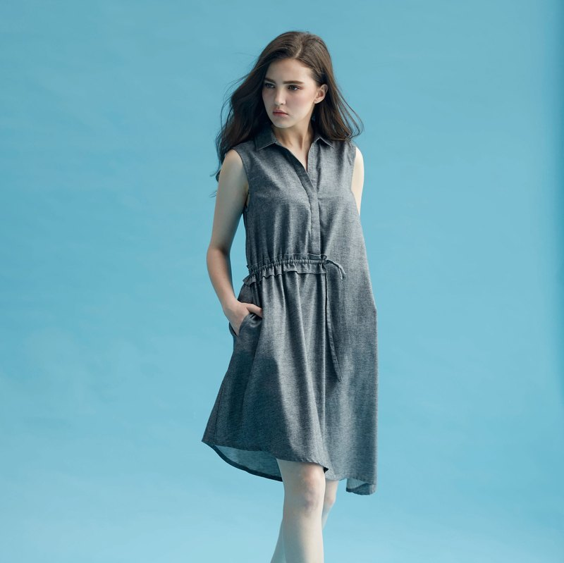 AEVEA unsymmetrical unilateral crepe dress