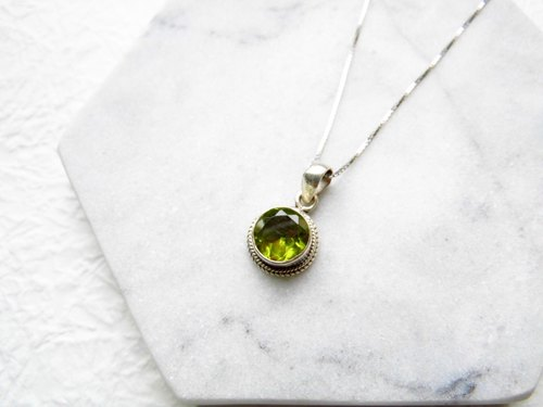 Peridot 925 sterling silver simple style necklace