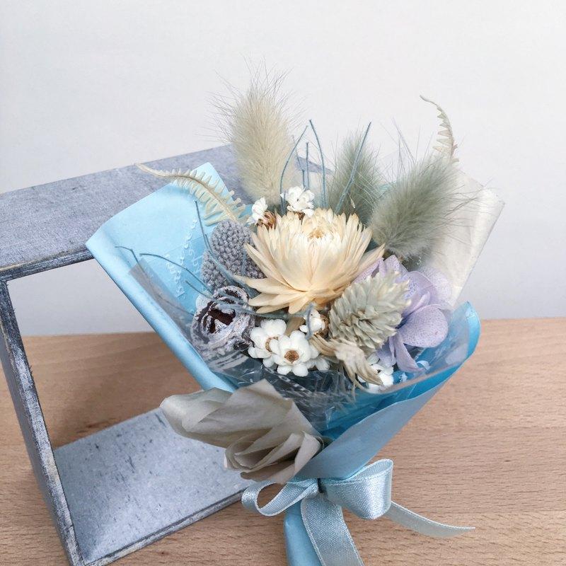 Floratone 三月 誕生月代表色乾燥花束 冰灰藍Ice blue