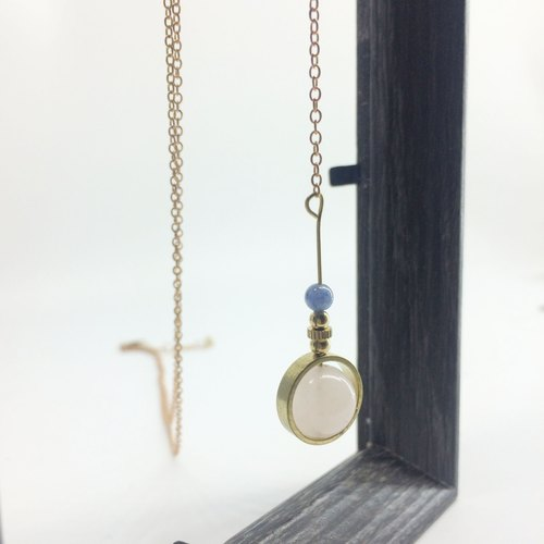 Lao Lin grocery Travelin-good luck series natural stone brass long chain crystal / aquamarine