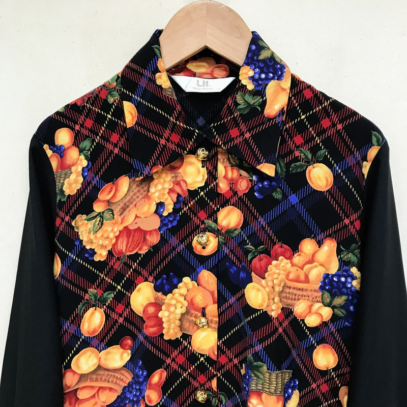 Top / Black Checkered Long-sleeve Blouse with Fruit Basket Pattern