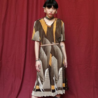 Pumpkin Vintage. Ancient elastic wrinkle dress