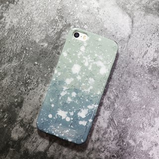 Wonderland series ll gray green x gray ll hand-painted oil painting wind mobile phone shell