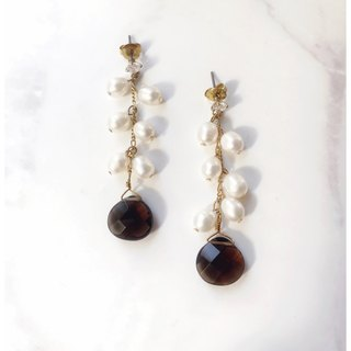 + Chamomile ‧ Zircon ‧ pearl ‧ drape earrings +