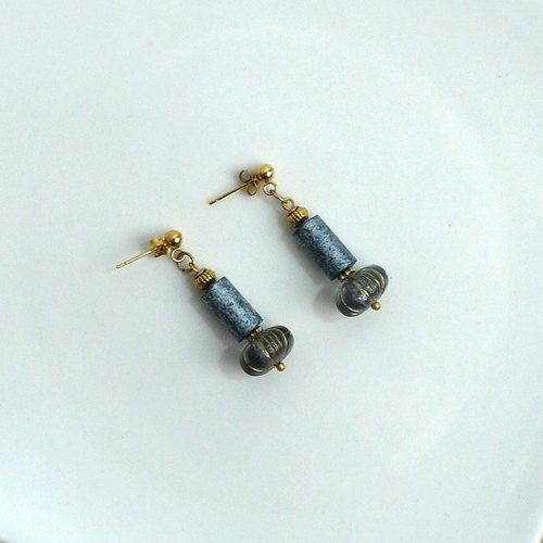 Allure Vintage Brass | Earrings Ear Clips