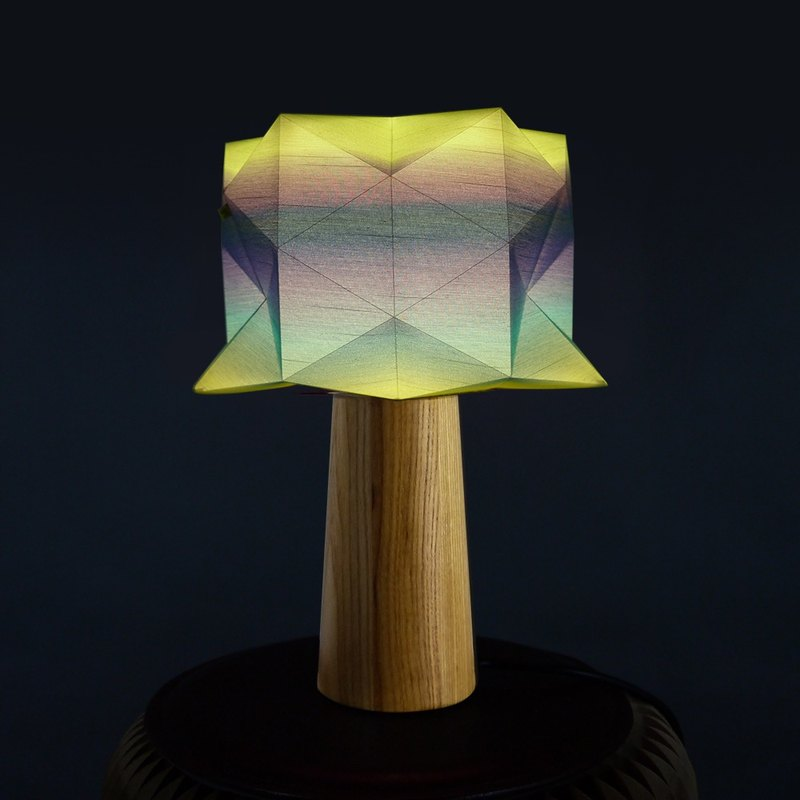 'deLight' Table Lamp | Handmade | Origami   | Award Winning Product