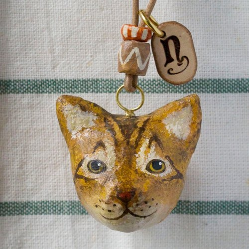 Kitten pendant necklace / animal item 錬