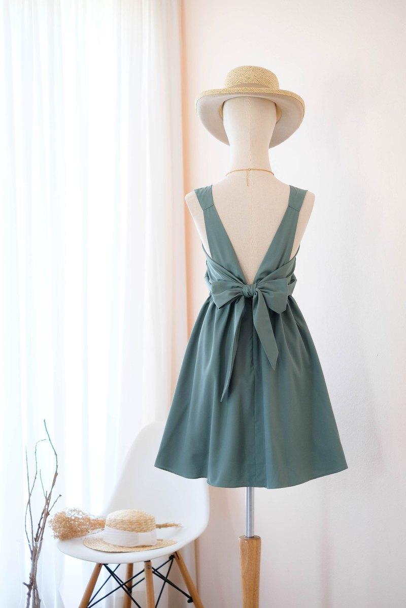 樸實的玉綠色連衣裙伴娘禮服露背派對雞尾酒短禮服