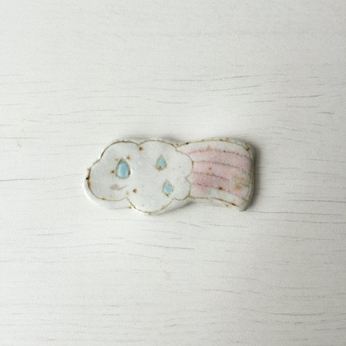 Rainy day brooch