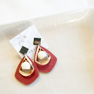 Participate in the building [Athens wine red x white amber fruit, leather] fruit earrings | autumn new