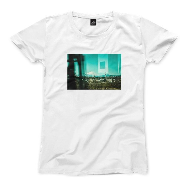 The memory of Mount Fuji - White - female version T-shirt