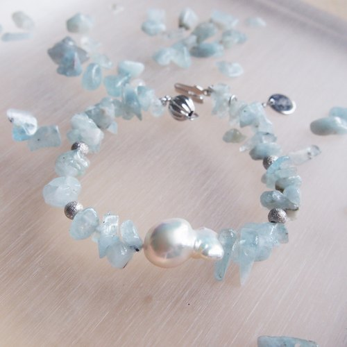 Nature Aquamarine - Feburary Birthstone with nature freshwater pearl bracelet