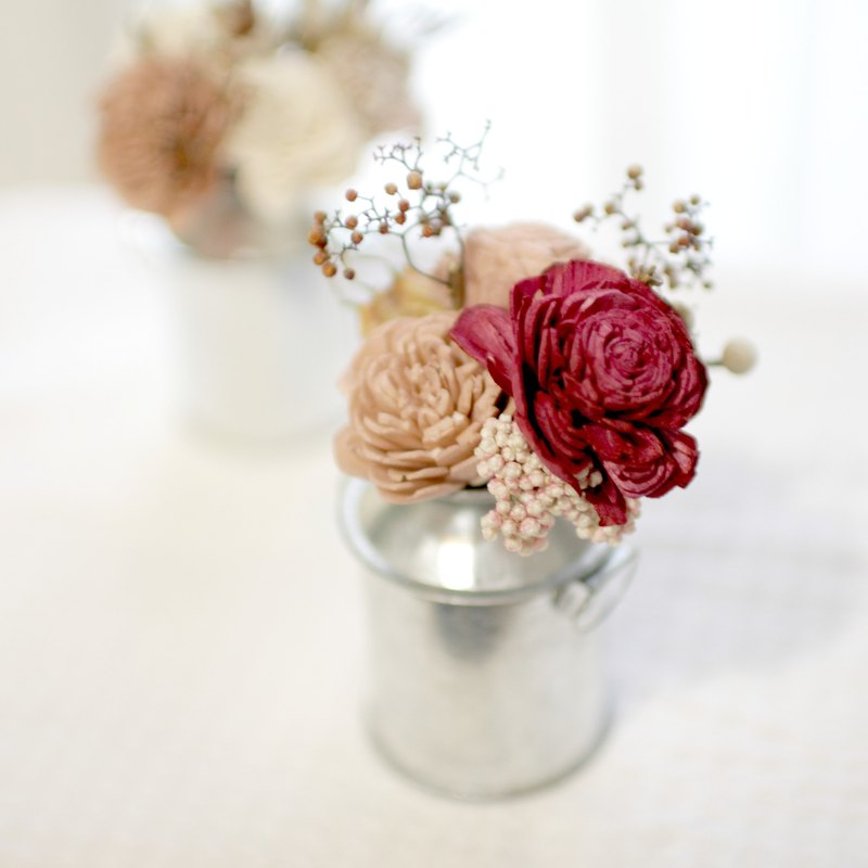 Tinplate dried flowers (red wine color)