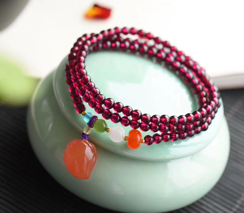 [Welfare price] original natural purple tooth garnet three circle bracelet / embellished South Red Agate Shoutao pendant