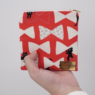 Square Zipper Pouch in Black Cats on Red