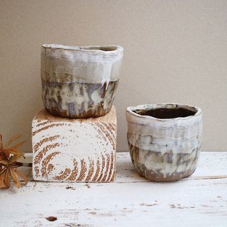The third floor hand-made pottery mist wide mouth cup cup two