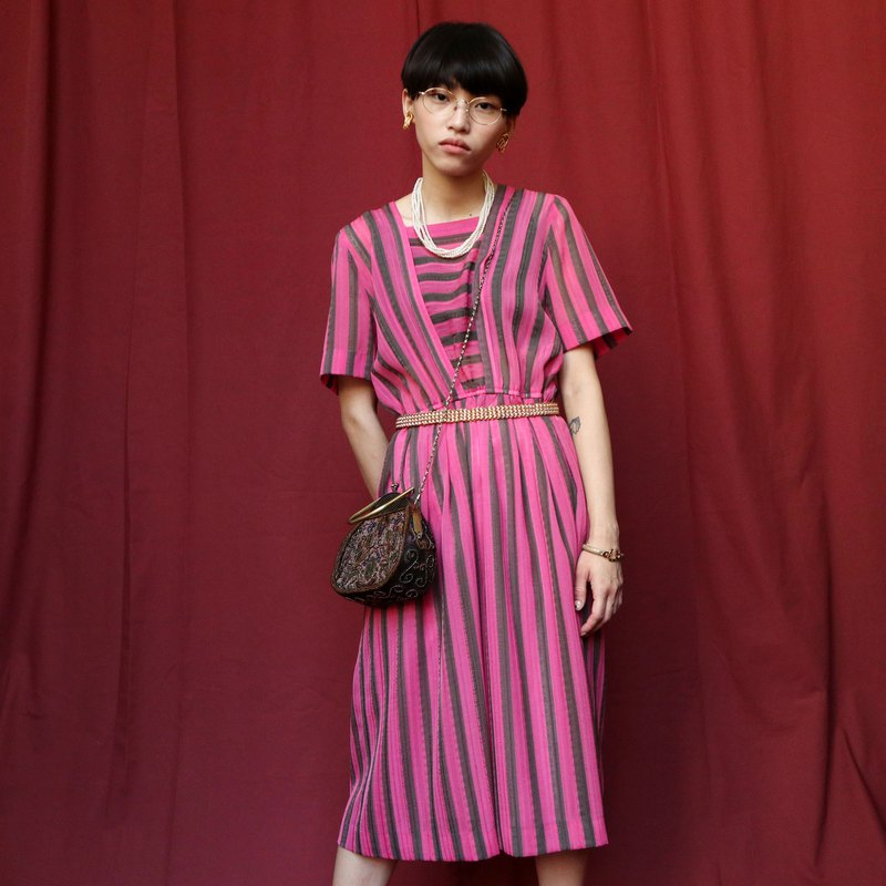 Pumpkin Vintage. Vintage striped dress