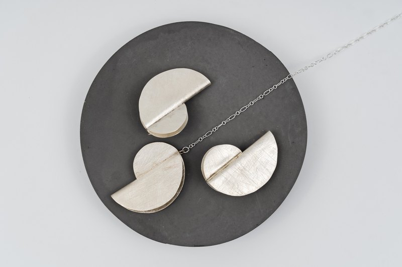 "Long necklace with ""Bauhaus"" inspired pendant (STN23)"