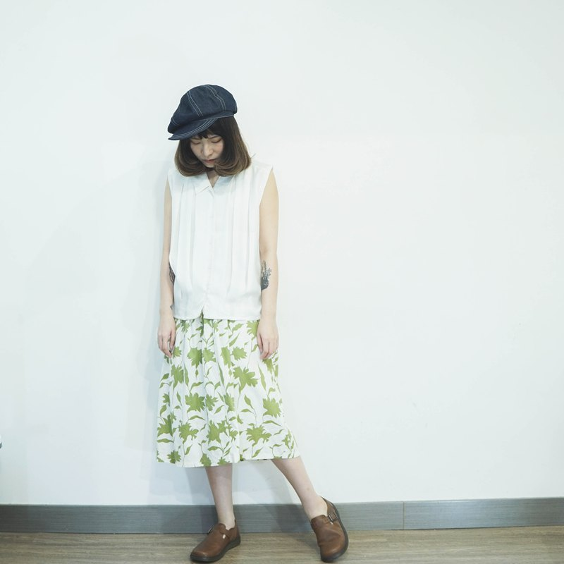 Vintage II Japanese II Green Leaf Print Cotton Vintage Skirt II