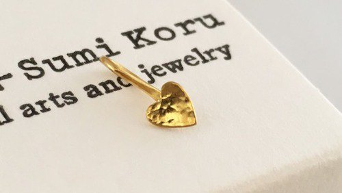 Pure gold earrings of small hearts 小 さ な K24 Pure Gold Heart ◇ Pure gold earrings / Hook clips ◇ One ear