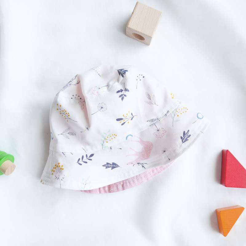 Light translucent cotton and linen kids double-sided fisherman hat | powder grey elk