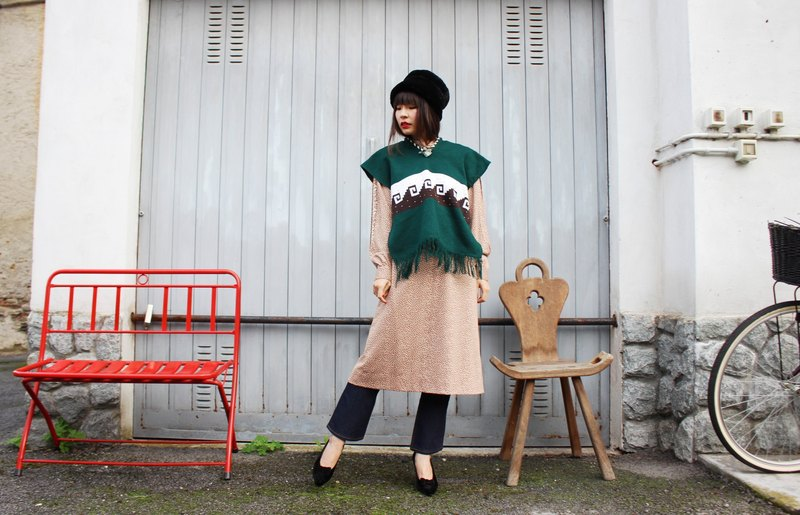 F3091 [Vintage Shawl] Green Tree Elf Forest Wave Dot Knit Sweater Shawl (Christmas Gift Christmas Exchange Gift)